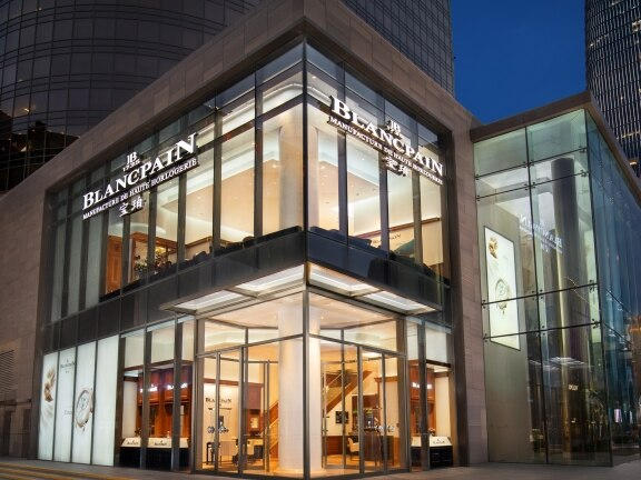 Blancpain unveils a brand-new Boutique at the China World Mall in Beijing