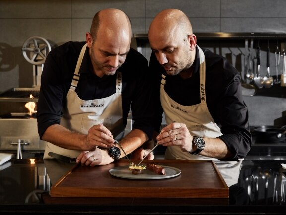 Blancpain announces its collaboration with the Sühring twins, a duo awarded with two Michelin stars